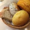 Bakery Cafe Refrain - 料理写真:ディナー 食べ放題のパン