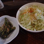 新潟バル 醸造屋 - サラダ、小鉢