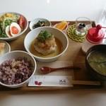 cafe 帆呂 horo - 料理写真:レディース日替わり「おろしそハンバーグランチ」