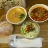 ベリーベリースープ - 料理写真:サーモンと鶏のクリームスープ、トマトのガスパチョ ライ麦パンがもちもち(°▽°)