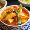 バンタイ - 料理写真:鶏肉のレッドカレー