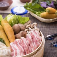 黒豚あぐ―と沖縄島野菜のせいろ蒸しと沖縄料理【店内全品・約70種類以上】食べ放題
