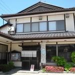 味処 東 - 和風の店舗外観 元は蕎麦屋だったと言う