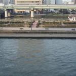 北浜レトロ - 窓際からの眺め【2月】