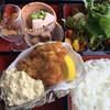香楽 - 料理写真:岩牡蠣フライ定食1,200円