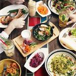 モジャ イン ザ ハウス - 仲間とワイワイ!楽しい食卓を演出する料理が沢山!