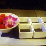 フィオーリア 新宿 アリアブル - いちごのチョコレートフォンデュ
