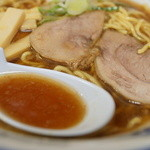 旭川ら~めん むら山 - スープ