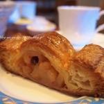 ブレドール - このアップルパイがオーブンから出したてでほんとに熱々♡これはまた食べたい。