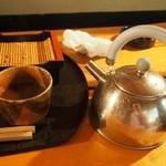 蓮生 - 蕎麦湯はヤカンで出てくる