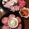 肉の匠ARITA - 料理写真:お勧め盛り\2500、牛タン、白菜キムチ