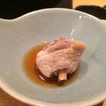 博多華味鳥 - 最初に食べてください。と、これもお店の人が取り分けてくれます