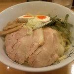 天神屋 - 味玉油そば(中盛)