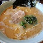 元喜家 - 2015年5月31日(日) らーめん(大)麺かため(780円)