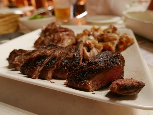 https://tabelog.ssl.k-img.com/restaurant/images/Rvw/38691/640x640_rect_38691324.jpg