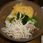 鶏飯食堂 HABUS - 鶏飯(よそった後)