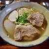 琉球武家屋敷 謝名亭 - 料理写真:ソーキそば