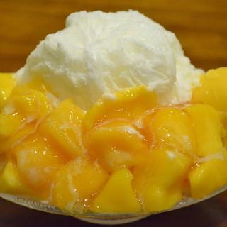 台湾かき氷「どっさりマンゴーミルク」