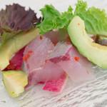 ahill - 間八とアボカドのカルパッチョ 契約農家サラダと梅のビネグレット【2015年6月】