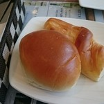 ヴェル ドゥーラ - まさかの菓子パン!