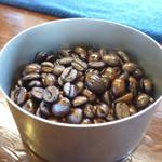 ビヴェーレ - 豆もいい香り・・