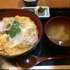 よし田 - 料理写真:カツ丼(1050円)
