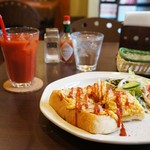 やまちゃカフェ - 料理写真:エッグトーストセットのモーニング、450円です