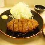 寿々屋 - 名物メンチカツ定食(1450円+税)(2014/7)