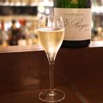 マルゴー - Champagne Pol Roger Reserve (2015/05)