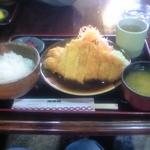 レストラン湖西路 - ポークカツ定食1030円