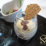 レストラン マノワ - トウモロコシのチップとムース