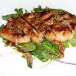 アローラ - 赤井川産豚ロースのグリル、オリーブペーストのソース