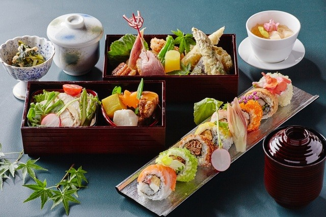 料理写真 2ページ目 : SHARI THE TOKYO SUSHI BAR (シャリ ザ ...