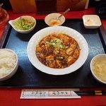 上海飯店 - 麻婆豆腐定食