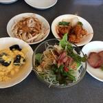 シーホース - オーブン焼豚、酢豚、アジアンサラダ、棒棒鶏、豚肉と玉子炒め