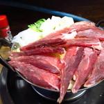 豊田屋 - ねぎま鍋(マグロのほほ部分)