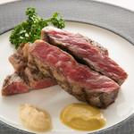 レストランアラスカ - 絶品お肉料理もご用意しております