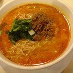 四川飯店 - 担々麺