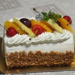 モーン - 料理写真:ロールケーキ