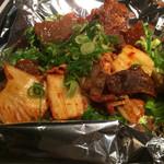 HONANA - 煮込み牛スジキムチ焼き