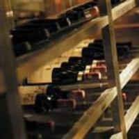 2500円~ご用意、ウオークインワインセラーから選べるワイン