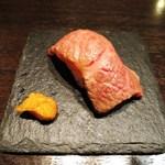 鉄板焼 grow - 千屋牛の握り、泡醤油