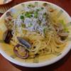 タベルナ・パパ - 料理写真:日替わりパスタ(江戸前あさりと釜揚げしらすのビアンコスパゲッティ)