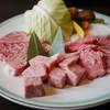 丸明 - 料理写真:特選飛騨牛大皿~☆
