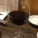 京都ダイナー - グラスワイン(550円)。