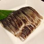 甘太郎 - 炙りシメサバ。