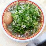 らーめん藤 - 料理写真:煮卵入りねぎかすラーメン