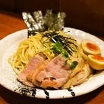 麺処 ほん田 - 特製つけ麺(980円)の麺