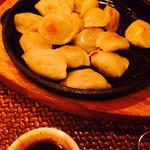 エレファント カフェ - ひとくち餃子