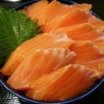 大磯 - サーモン丼 1,080円